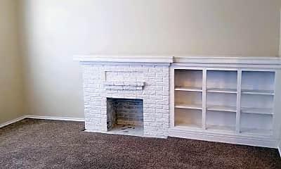 Living Room, 1403 N Emporia Ave, 0