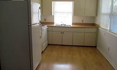 Kitchen, 551 US-98 9, 1