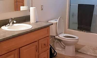 Bathroom, 25511 Hillsboro Dr, 2
