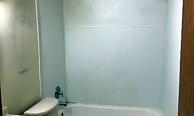 Bathroom, 418 7th St SE, 2