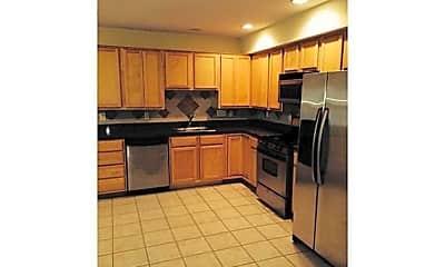 Kitchen, 3015 West Ave, 1