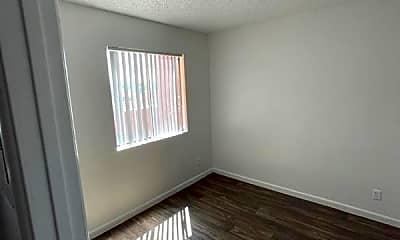 Bedroom, 306 E Navajo Rd, 2