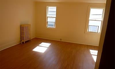 Living Room, 108 Fayette St, 1