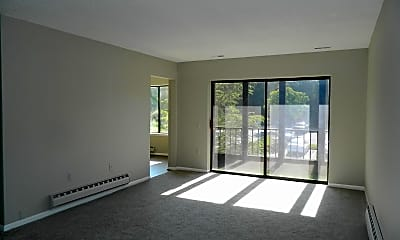 Living Room, 15320 Pine Orchard Dr 83-2A, 1