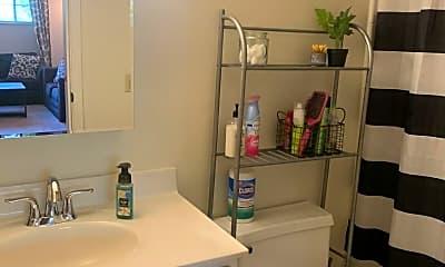 Bathroom, 2865 Erie Ave, 2