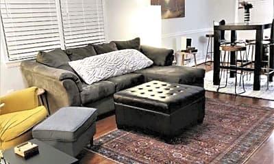 Living Room, 714 57th Pl NE, 1