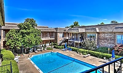 Pool, 4321 Bellaire Dr S, 2