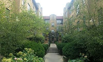 Wilmette Apartments, 1