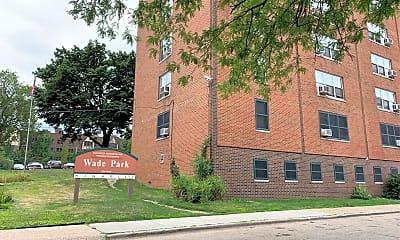 Wade Apartments, 1