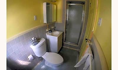 Bathroom, 70-17 Main St, 2