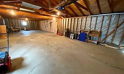 Living Room, 900 4th Ave NE, 2