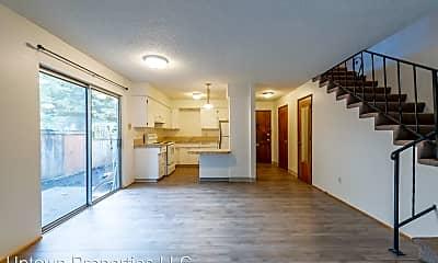 Living Room, 2647 NE Wasco St, 0