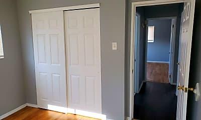 Bedroom, 812 Schirmer St, 2