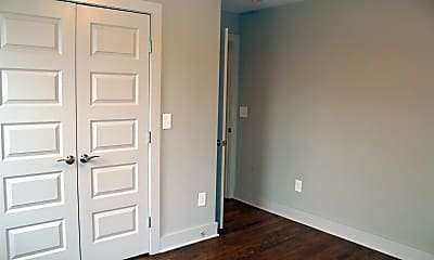 Bedroom, 20B Claiborne St, 2