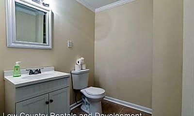 Bathroom, 2020 Hawthorne St, 2