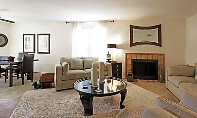 Living Room, Grouse Run Apartments, 1