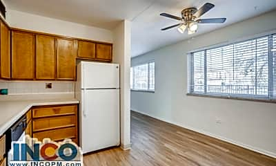 Living Room, 1220 Pierce St, 2