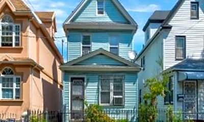 Building, 10549 Remington St, 2