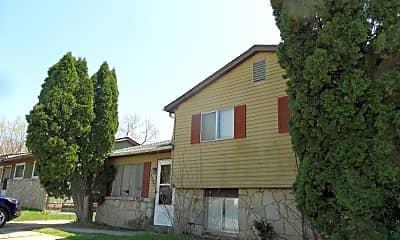 Building, 5295 Refugee Rd, 1