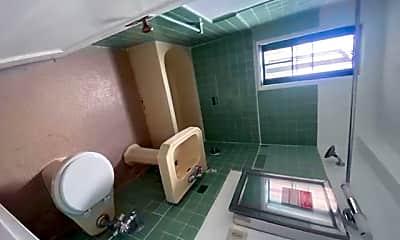 Bathroom, 1604 Metropolitan Ave 9E, 2