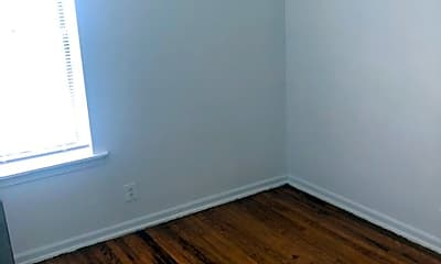 Bedroom, 5000 W Adams St, 2