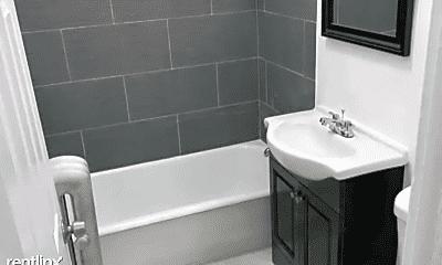 Bathroom, 7151 S Bennett Ave, 1