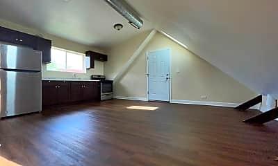 Kitchen, 3042 W Cullerton St, 2