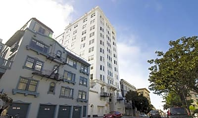 Building, 647 Stockton St, 2