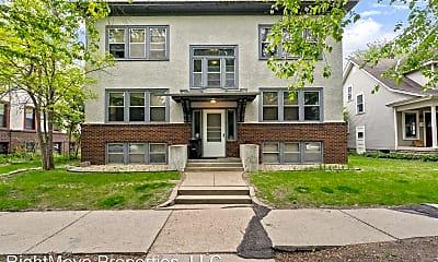 Living Room, 3807 Garfield Ave, 1