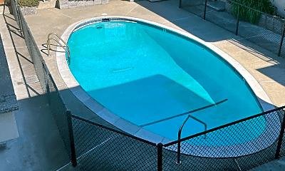 Pool, 831 Hensley Ave, 2