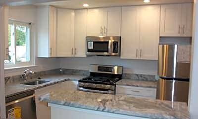 Kitchen, 510 S Fillmore St 3, 0