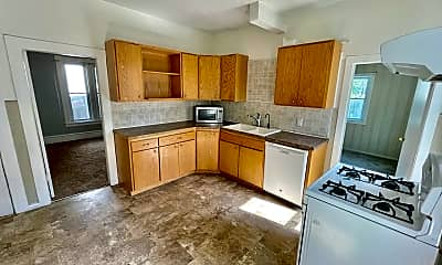 Kitchen, 824 18 1/2 Ave NE, 0