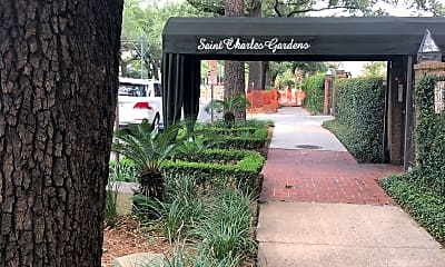 St Charles Gardens, 1