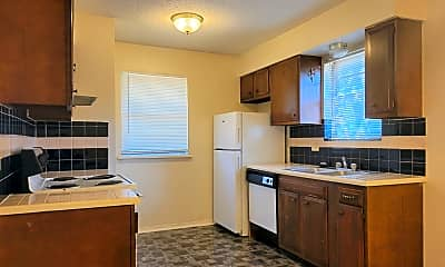 Kitchen, 3037 N Rockwell Ave, 0