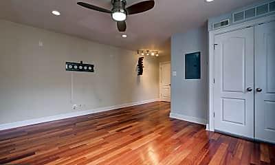Living Room, 2004 3rd St NE 302, 1
