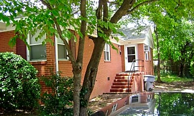 Building, 1235 Reece Rd, 0