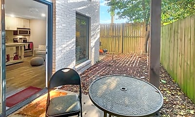 Patio / Deck, 907 15th Ave, 2