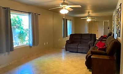 Living Room, 15219 N Ridgeview Rd, 1