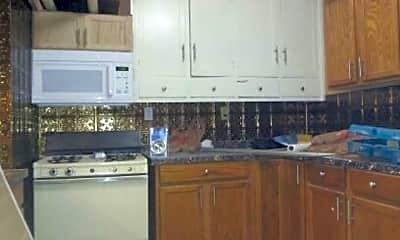 Kitchen, 1014 7th St SE, 1