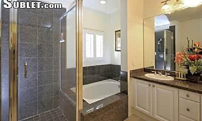 Bathroom, 92-1112 Olani St, 2