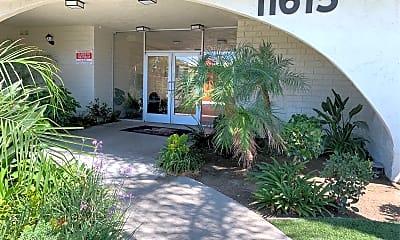 Riverside Villa Apartments, 2