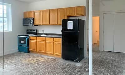 Kitchen, 92 Glenwood Ave 14, 0