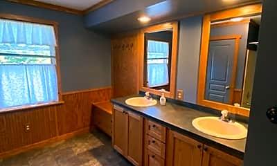 Bathroom, 10022 Allison Dr, 2
