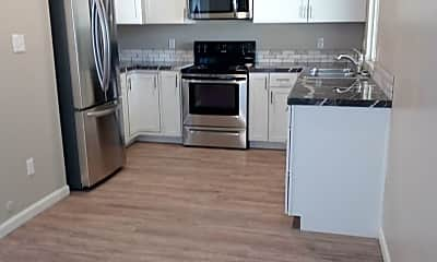 Kitchen, 3262 W Malad St, 1