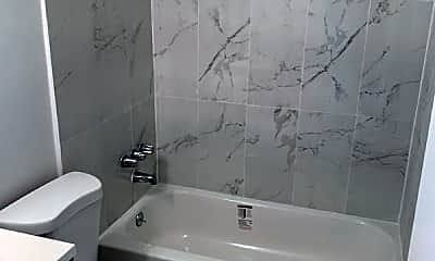 Bathroom, 1301 Miami Rd, 2