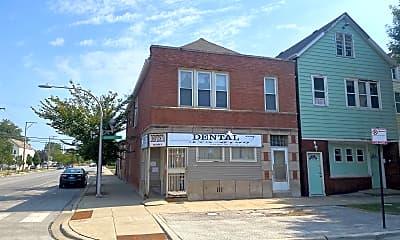 Building, 8301 S Brandon Ave, 2