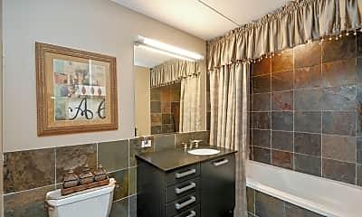 Bathroom, 550 N St Clair St 2206, 2
