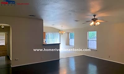 Living Room, 9807 Single Spur, 1
