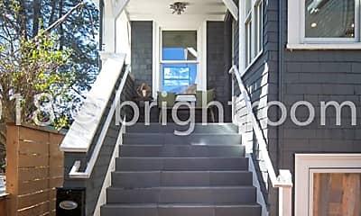 Patio / Deck, 2712 College Ave, 1