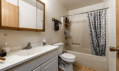 Bathroom, 822 Edgebrook Dr, 0